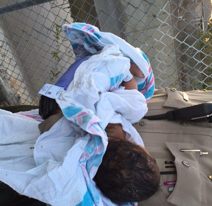 Arrestan a madre de bebita enterrada viva en Compton