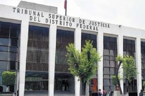 Tribunal en México autoriza a niña transgénero cambiar legalmente de sexo