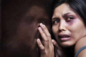 La campaña 'Decimos no más' educa y moviliza a los padres latinos de este país a poner un alto contra la violencia doméstica y el abuso sexual.