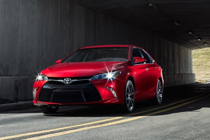 Toyota Camry el segundo mejor auto de la compañía Toyota