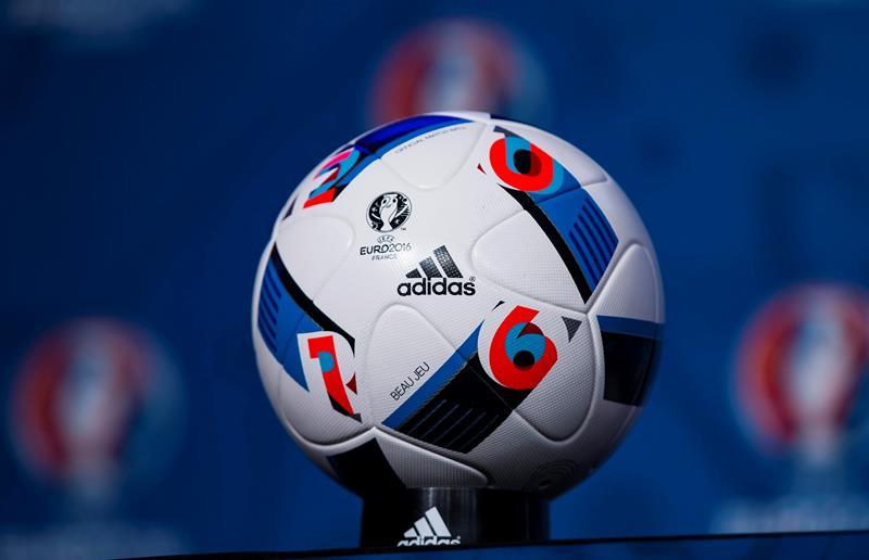 Con cruces históricos, quedaron los grupos definidos para la Eurocopa 2016