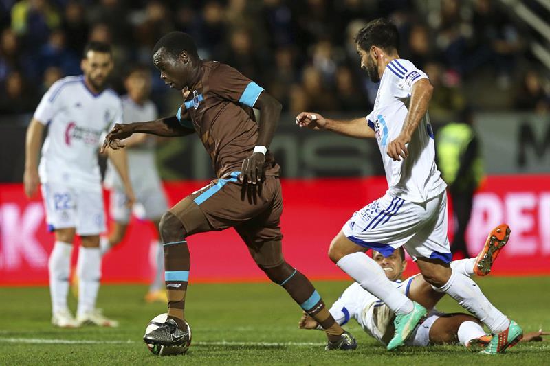 Layún fue titular y Porto califica a cuartos de Copa