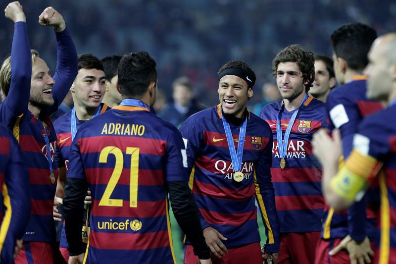 Santos pide 'sus dos millones' por nominación de Neymar al Balón de Oro