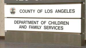 Abuela de niño maltratado y asesinado por sus padres demanda al condado de Los Ángeles