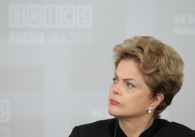 Tribunal da revés a Rousseff contra juicio político