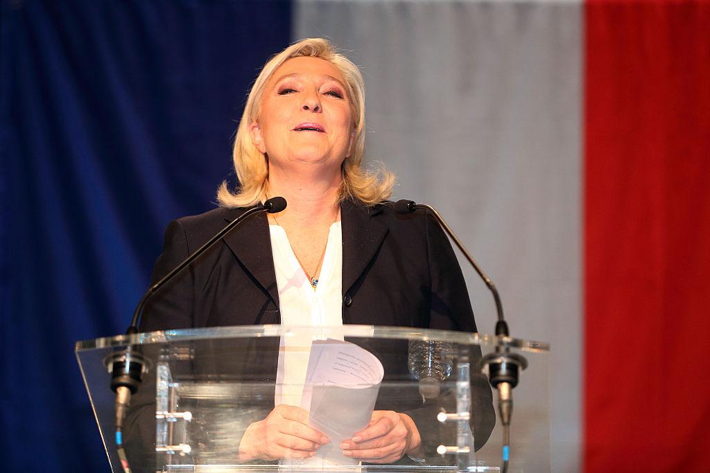 La derecha arrolla en Francia tras los ataques de París
