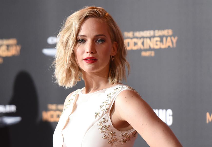 Jennifer Lawrence se disculpa por contar anécdota sobre su trasero