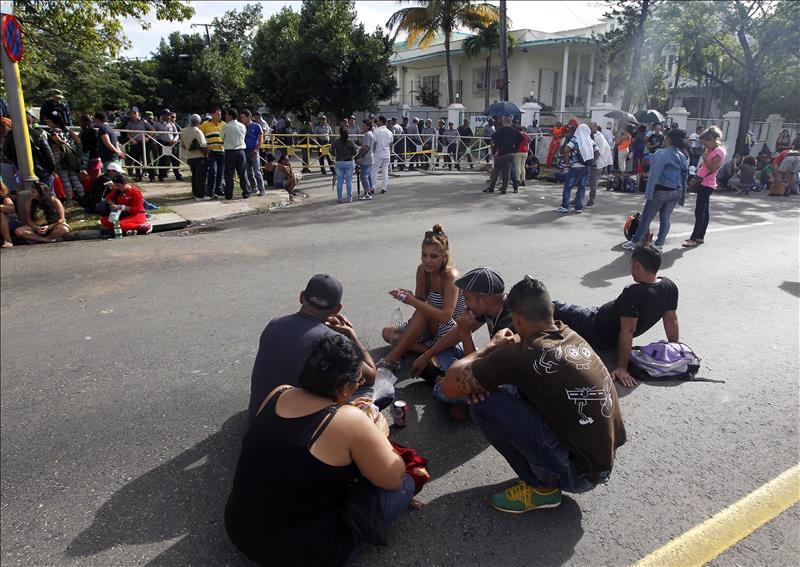 Reunión regional este lunes para tratar crisis de migrantes cubanos