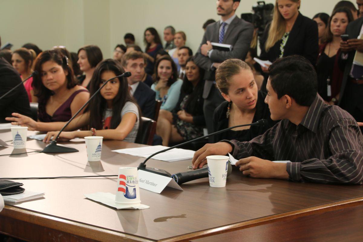 En manos del Noveno Circuito, vidas de menores inmigrantes en proceso de deportación