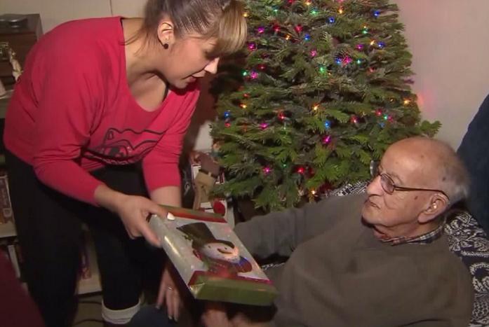 #BuenosDíasLA: Un regalo navideño para un héroe