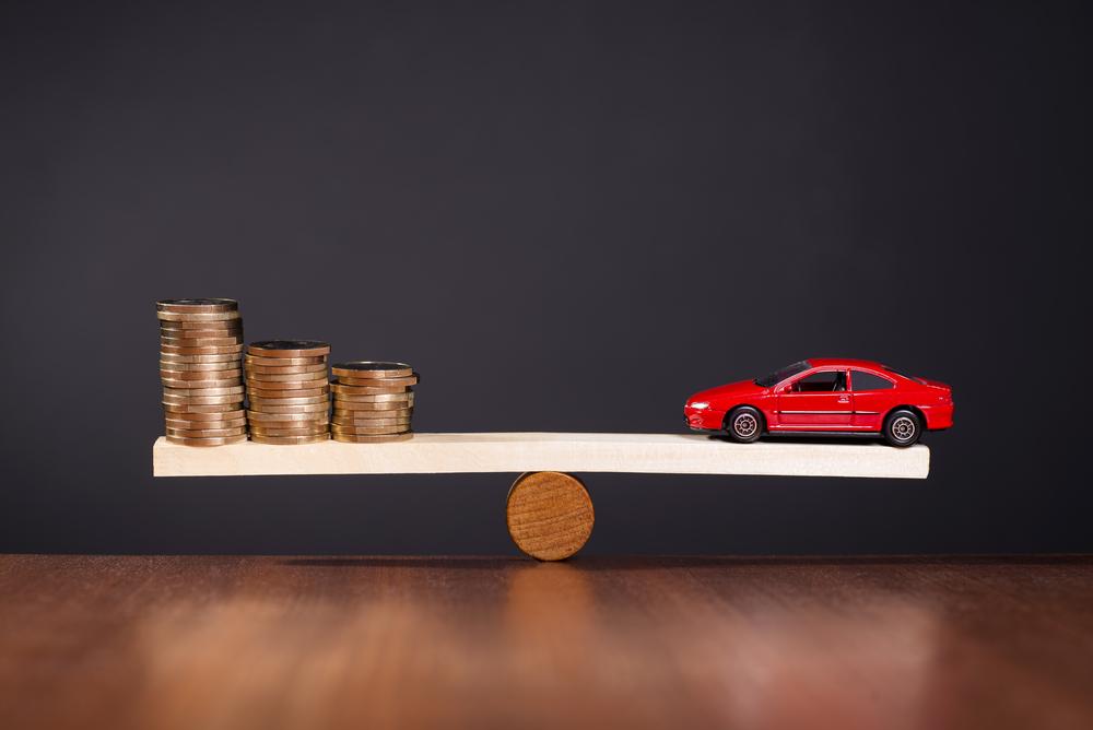 Aumento de tasas de interés, ¿significa autos más caros?
