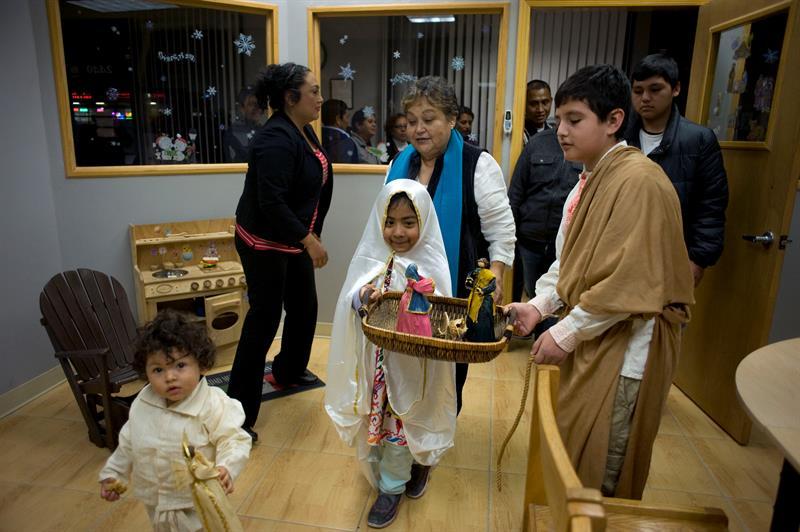 Niña latina que dio carta al papa Francisco pide reforma migratoria para Navidad