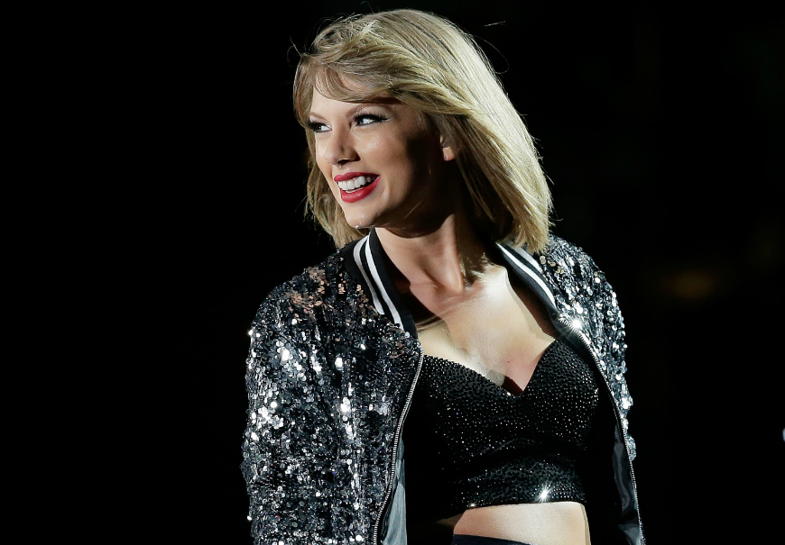 Taylor Swift fue captada bailando en presunto estado de ebriedad (Video)