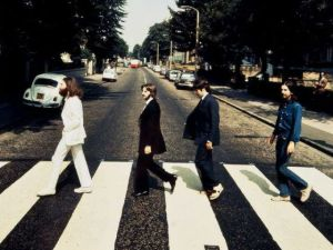 ¡La música de The Beatles llegó a Spotify, Apple Music y Google Play!