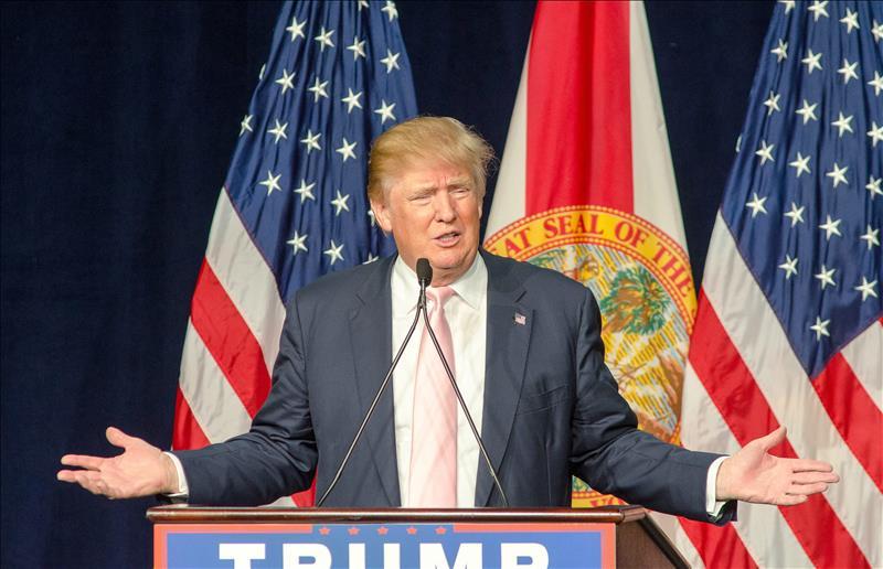 Trump pide prohibir entrada de musulmanes a EEUU