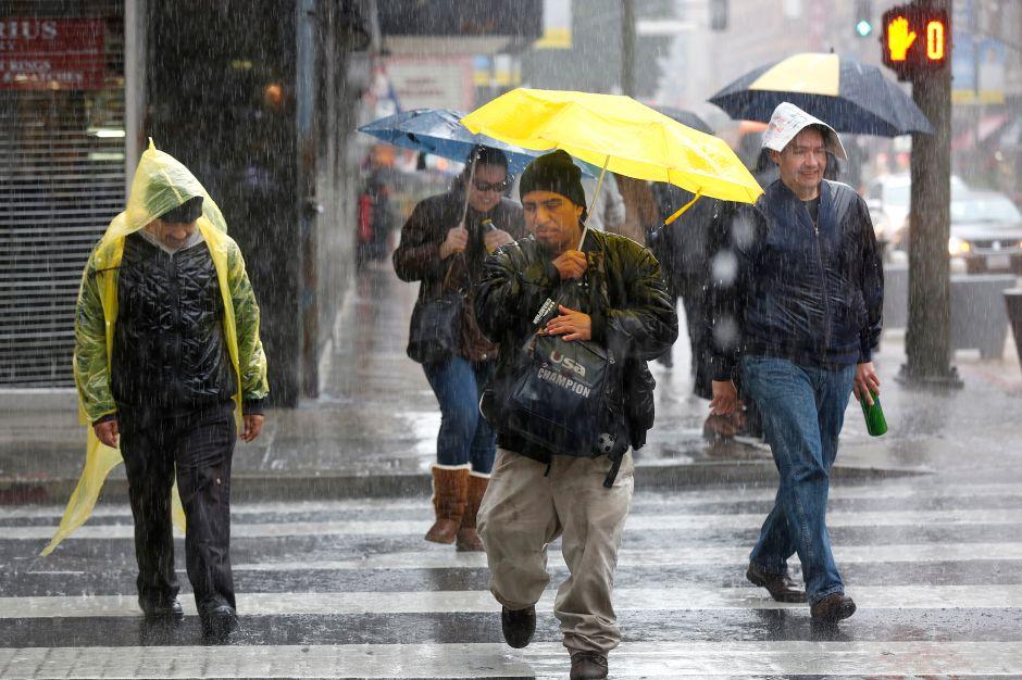 California declara  emergencia por la tormenta de la década