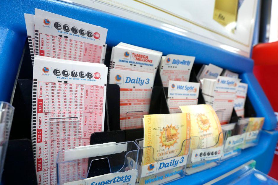 Cambia de juego de lotería y gana un premio de más de $150 mil