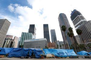 Así es cómo Los Ángeles piensa utilizar $355 millones al año para combatir la indigencia