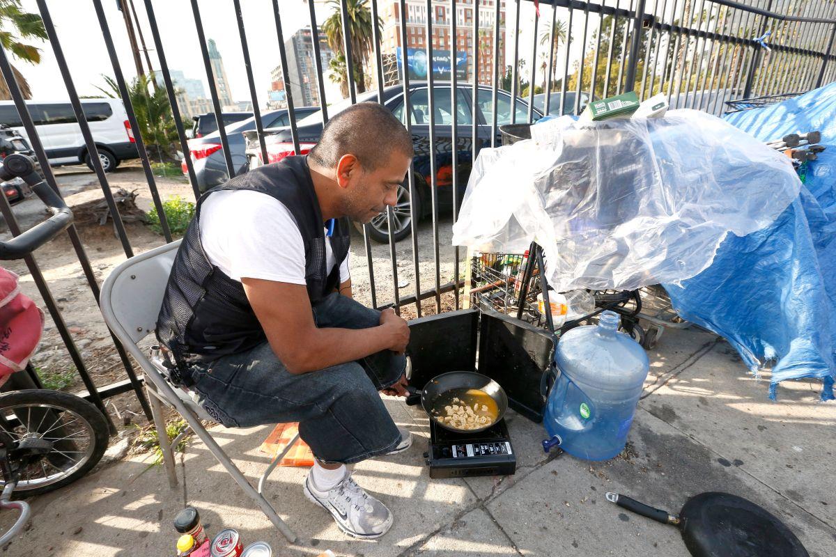 Aumenta el número de indocumentados indigentes en L.A.