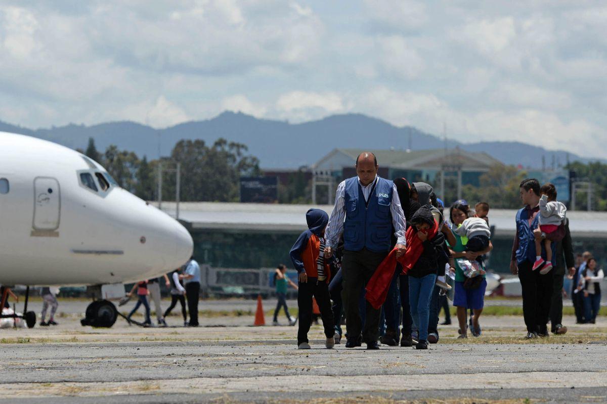 Grupos civiles alertan ante deportación de 10 mil niños migrantes