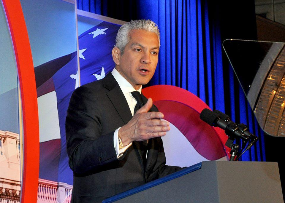 Javier Palomarez se aparta de Cámara de Comercio Hispana por presunto acoso sexual