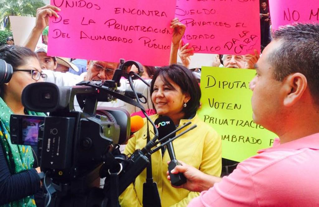 La alcaldesa del municipio de Temixco, Gisela Mota, fue asesinada hoy, al día sigueinte de asumir el cargo.