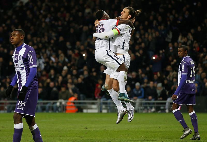 Ibrahimovic le da la victoria al PSG con un cabezazo