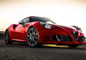 A pesar de sus bajas ventas, el Alfa Romeo 4C no se intimida