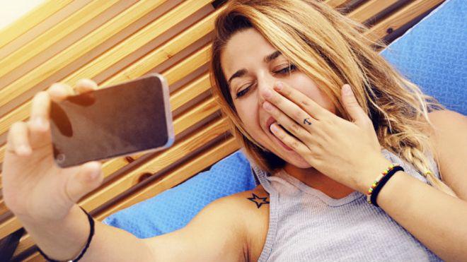 Con esta alarma, querrás matar a tu celular pero no te quedarás dormida
