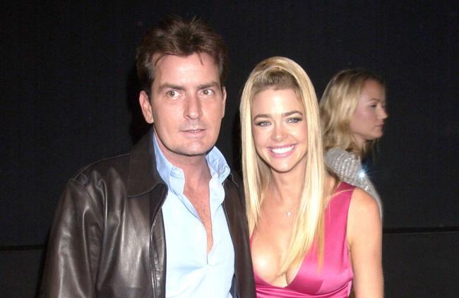 Denise Richards, ex de Charlie Sheen, se casó con Aaron Phypers