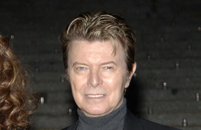 """David Bowie desplazó a Adele de Billboard con su disco """"Blackstar"""""""