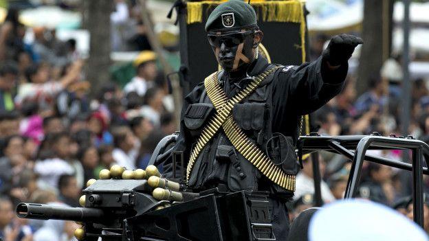 """Más de 160.000 personas han muerto debido a la """"guerra contra el narcotráfico"""" declarada en México en 2006."""