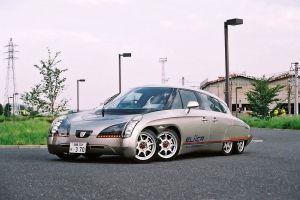 Así lucen los autos con 6 ruedas (fotos)