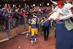 ¿Por qué se fueron Rams y Raiders de Los Ángeles hace 21 años?