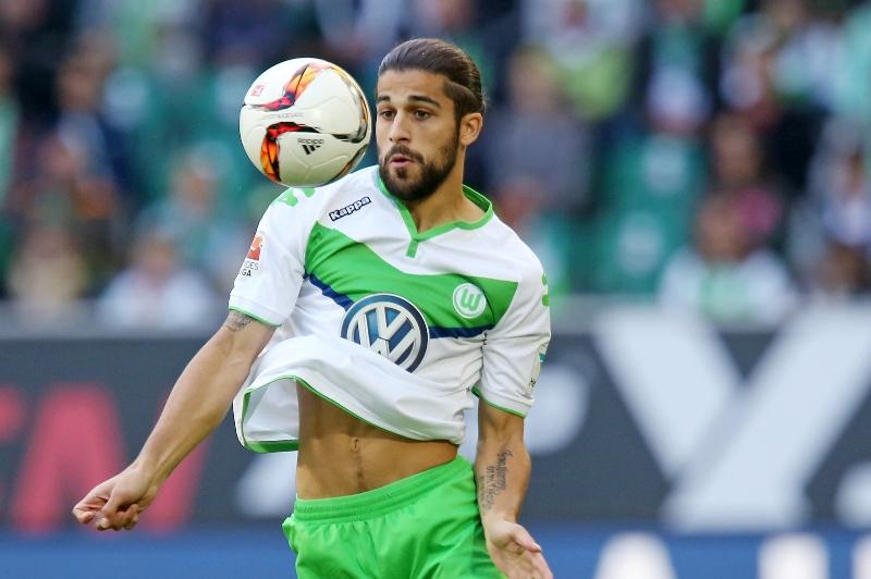 Real Madrid quiere a Ricardo Rodríguez, pero el Wolfsburgo no lo suelta