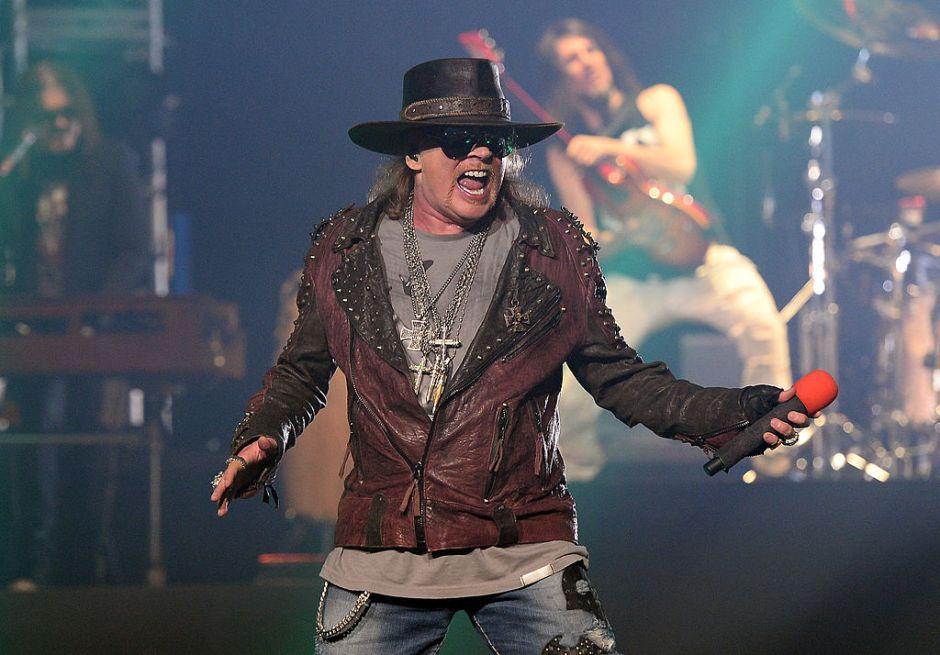 Video: ¿Guns N' Roses tuvo que parar un show por un fantasma?