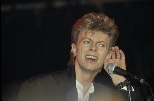 Los famosos rinden tributo a David Bowie
