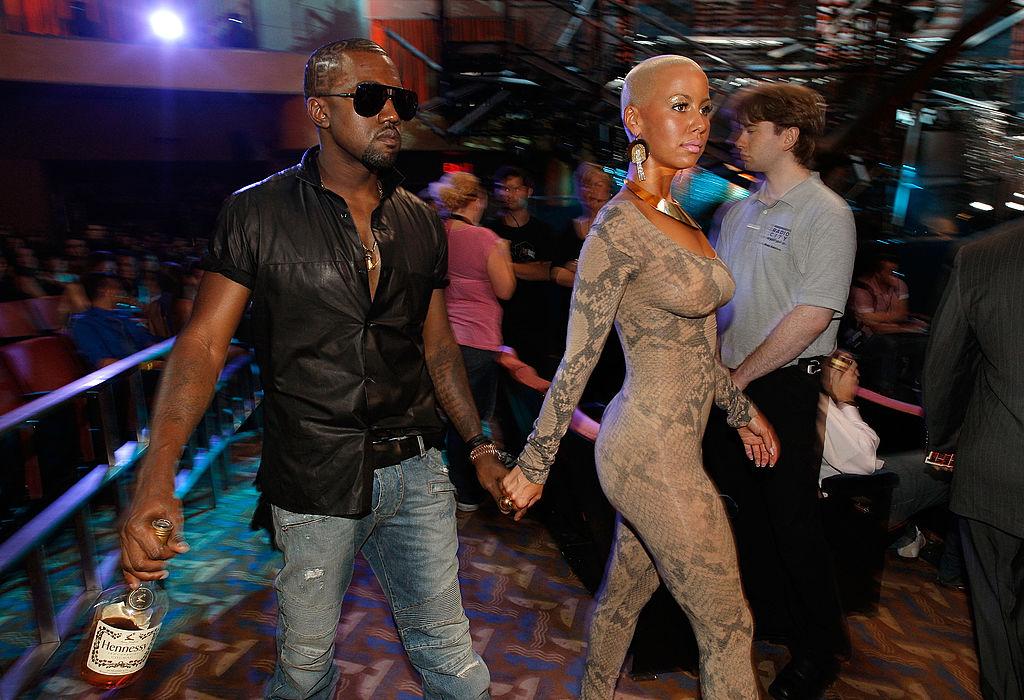 Amber y Kanye en 2009 durante los MTV Video Music Awards.