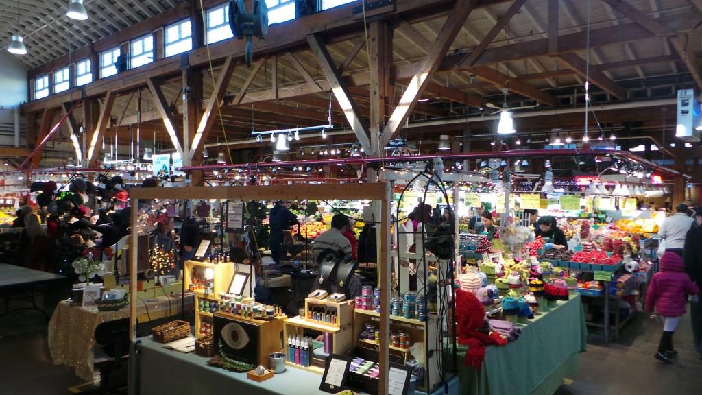 Granville Island Market es la segunda atracción más popular en Canadá tras Niagara Falls.