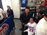 El 'Toro' Valenzuela y JC Chávez reúnen a cientos en Boyle Heights