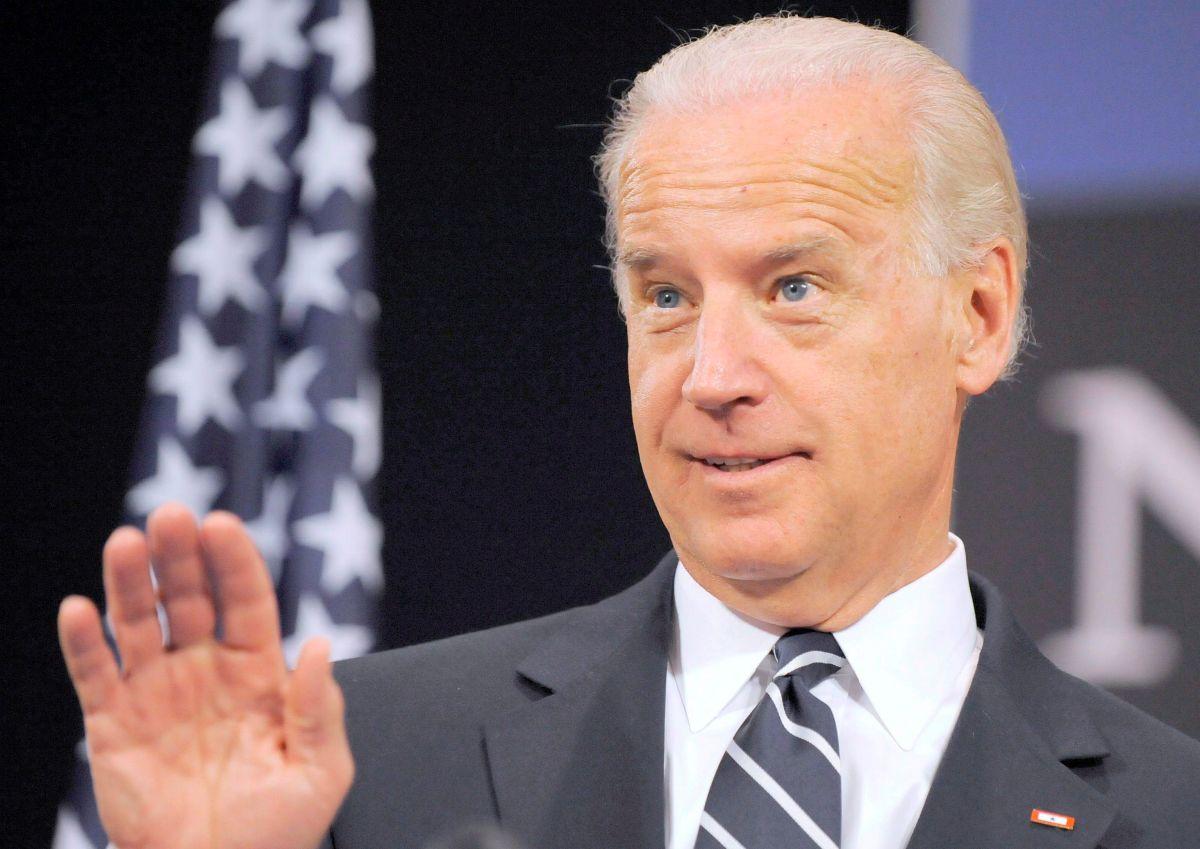 """Biden: las deportaciones se hacen de la forma más """"humana"""" posible"""