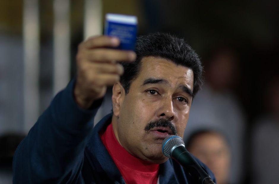 """Maduro irá """"con todo"""" contra Macri en cumbre de Celac"""