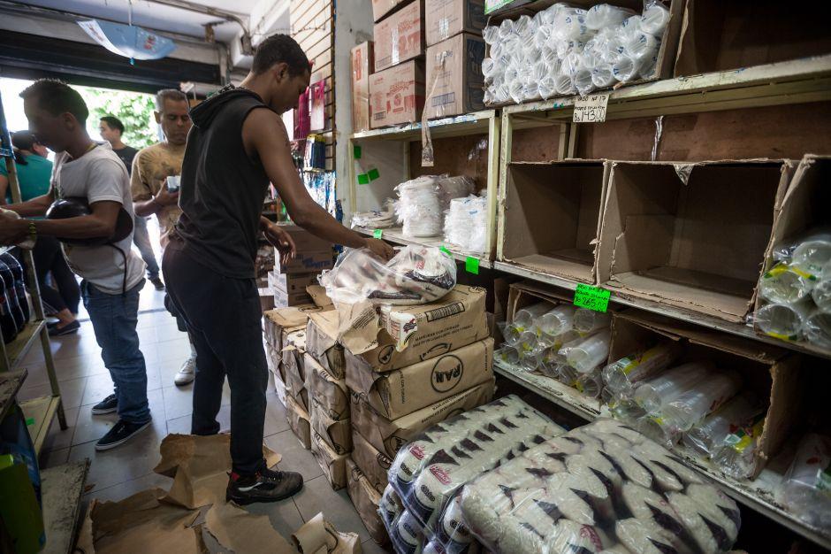 Oposición pide un debate sobre la emergencia económica en Venezuela