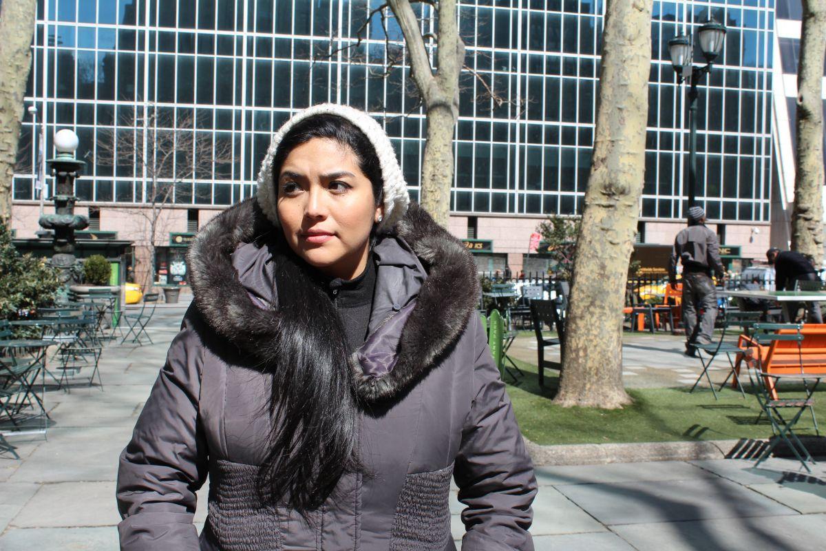 Anuncian libro de Julissa Arce, la indocumentada que triunfó en Wall Street (video)
