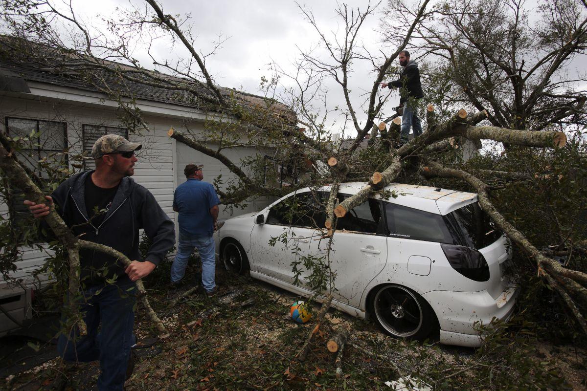 Fuerte temporal causa 5 muertos en el este y el sur de EEUU
