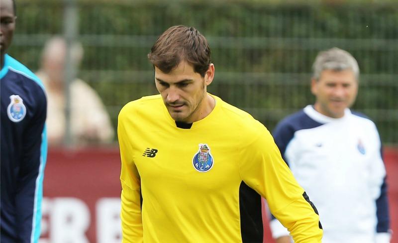 Iker Casillas actualmente milita en el FC Porto. Foto: Mexsport.
