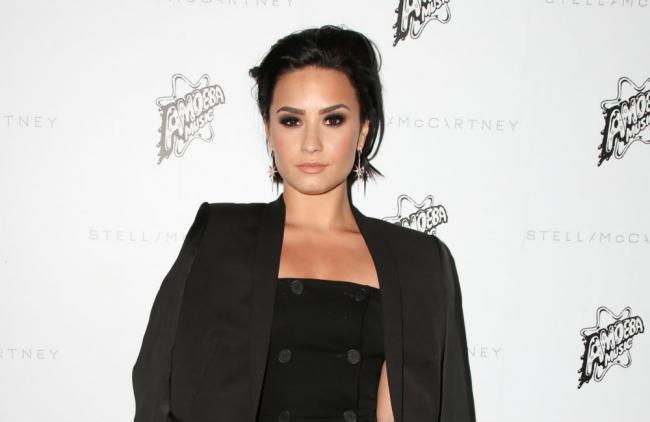 """Demi Lovato: """"Las Kardashian me ayudaron a valorar mis curvas"""""""