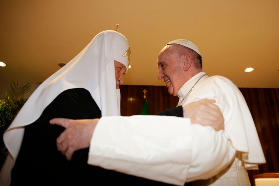 Después de mil años, un Papa y un Patriarca se abrazan en La Habana