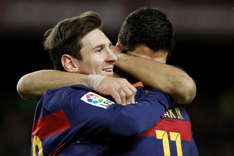Messi guió al Barcelona en la goleada al Celta.
