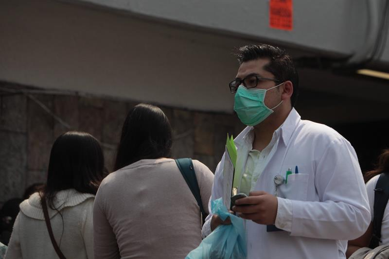 260 muertes por influenza revive temores en México